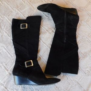 Nine West black suede wedge boots 8